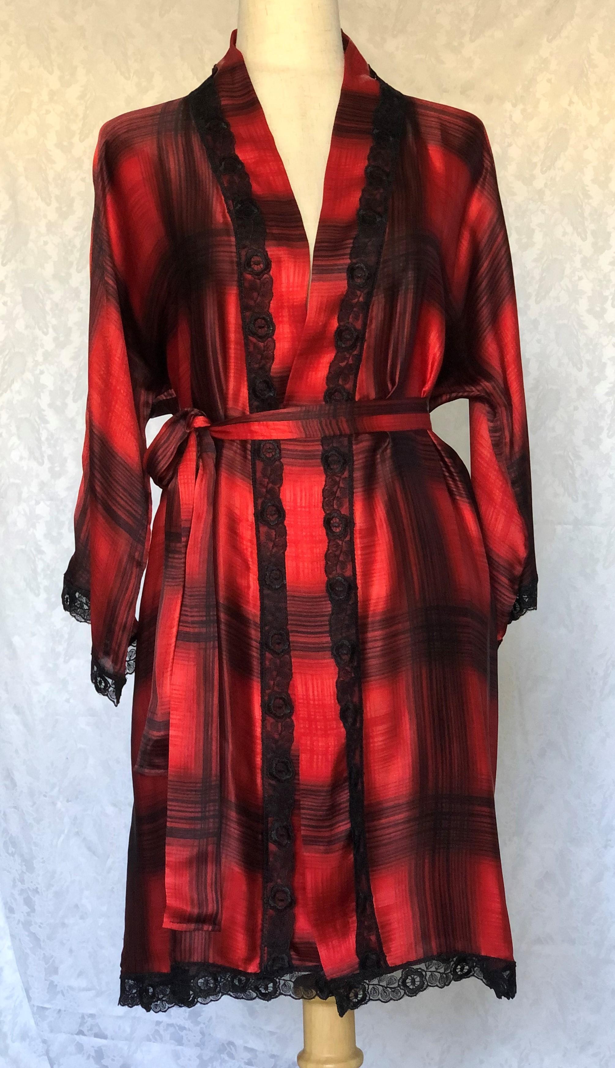 Red Silk Lounge/Night Robe