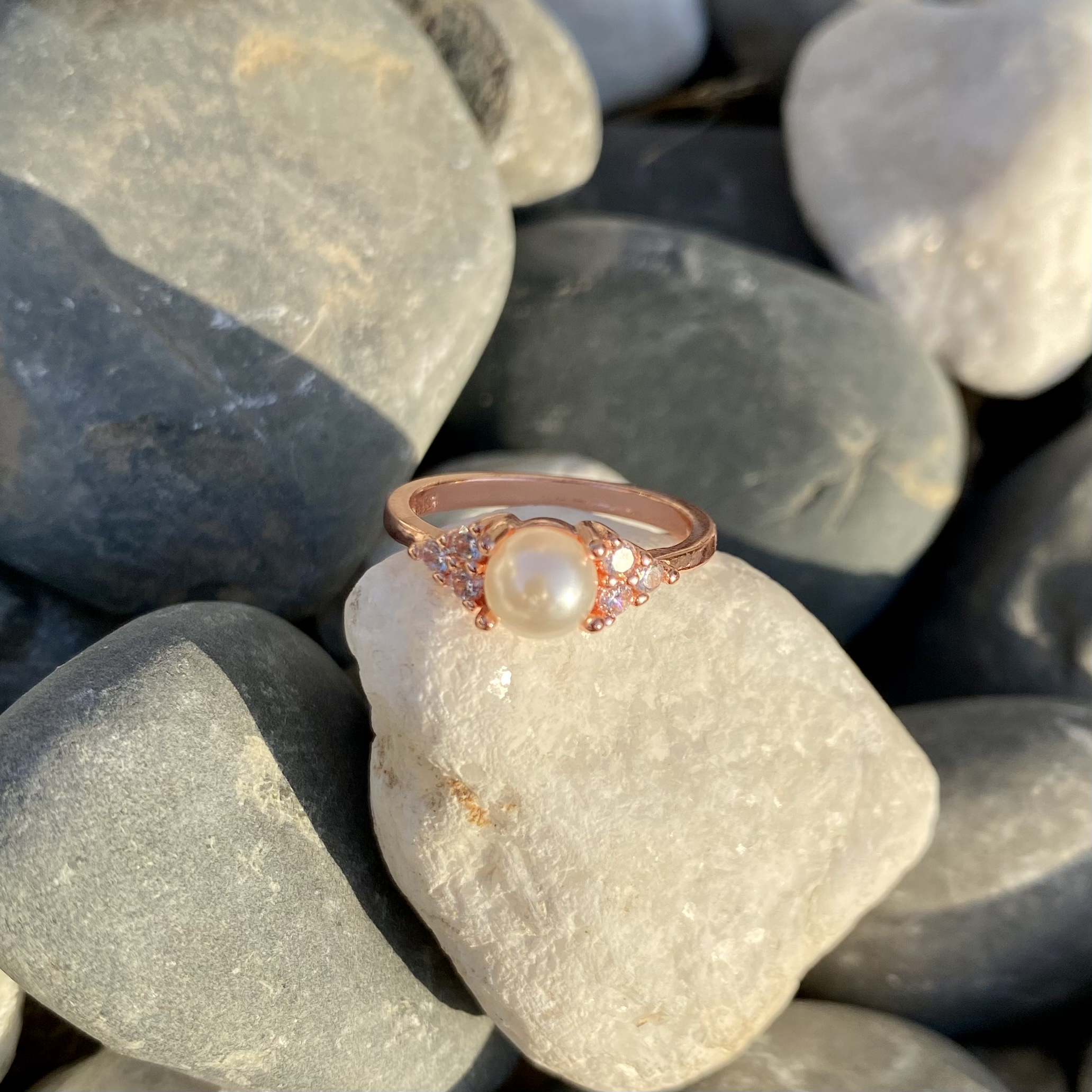 Love n pearls silver ring