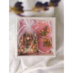 Botanical Gift Box ( Scented Wax & Bath Salt Tea Bag)