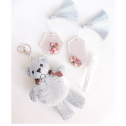 Scented Wax Tarts (2 Pieces) and Keychain Toy