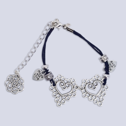 Alloy Hearts Bracelet